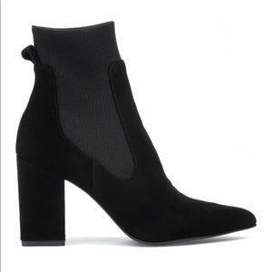Steve Madden Richter Black Velvet Boots Size 6